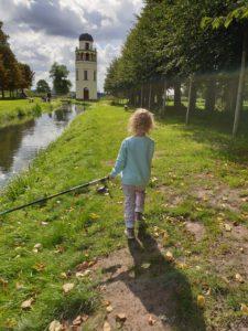 Angelausflug - meine Tochter will ungebedingt einen Fisch fangen